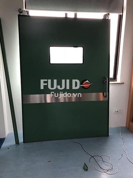 cửa chì bệnh viện