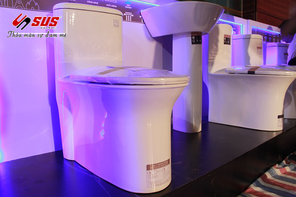 thiết bị vệ sinh cao cấp basics