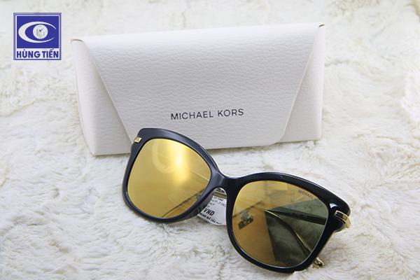 Cơ hội mua kính mắt chính hãng giá rẻ hơn từ 10 - 30% dịp Black Friday
