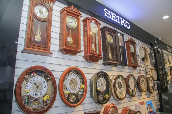 Đồng hồ treo tường - Món quà tinh tế dịp Tết Canh Tý 2020