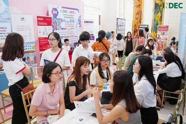Sinh viên Việt Nam được ở lại và làm việc tại Anh 2 năm sau tốt nghiệp