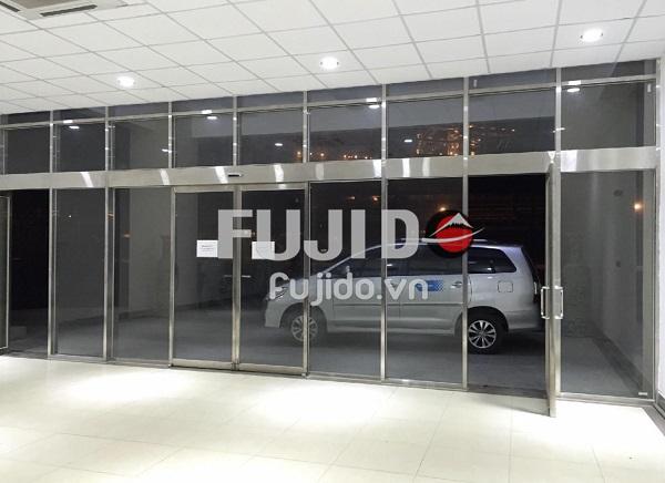 Fujido - Đơn vị sản xuất vách kính inox giá rẻ, uy tín, chuyên nghiệp tại Hà Nội