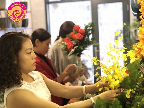 Địa chỉ cung cấp khóa học cắm hoa uy tín tại Hà Nội