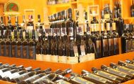 Lựa chọn rượu vang biếu Tết 2019 như nào cho chuẩn? Mua ở đâu uy tín?