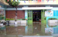 Hàng loạt trường học ở Sài Gòn ngập sâu sau bão Usagi