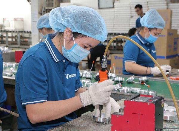 Bóng đèn Việt Nam chất lượng Vianco được sản xuất trên dây chuyền công nghệ hiện đại