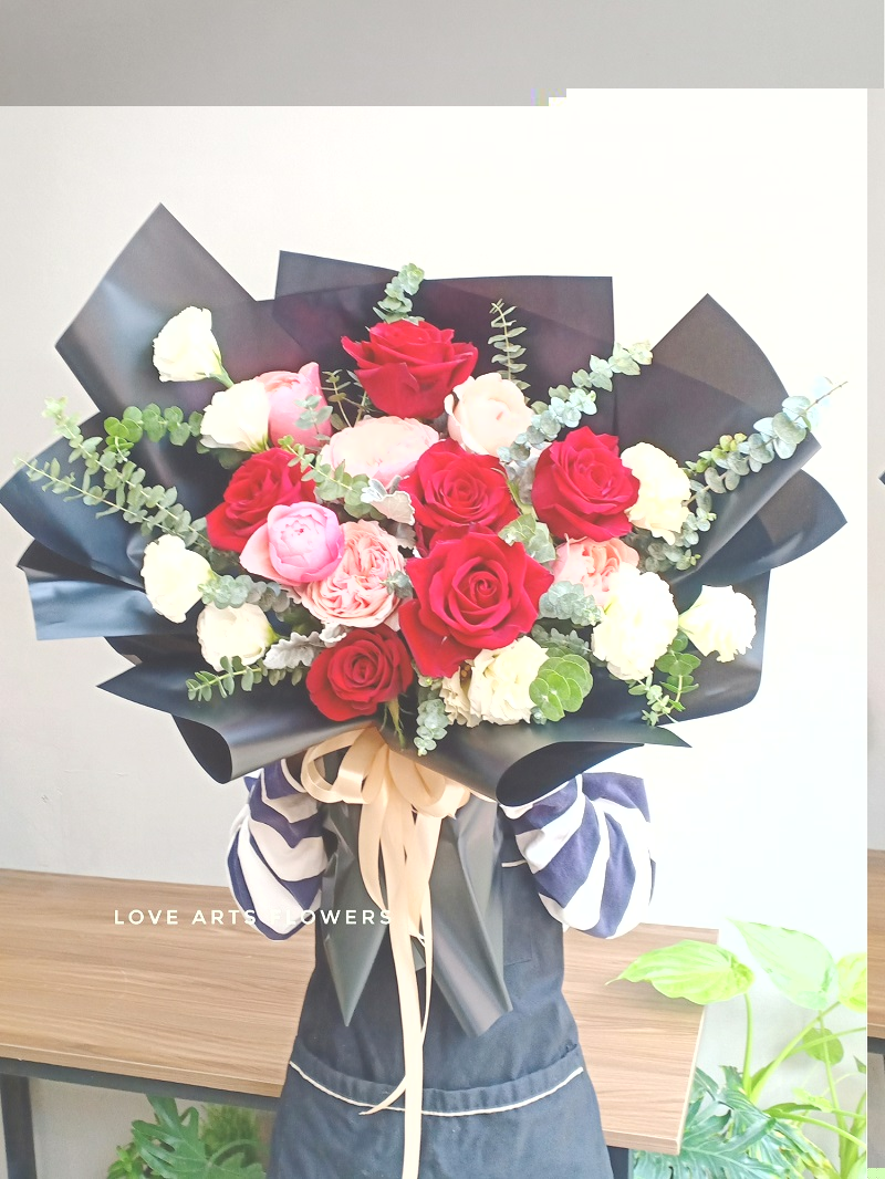 Chinh phục trái tim nàng với 10 mẫu hoa Valentine đẹp nhất