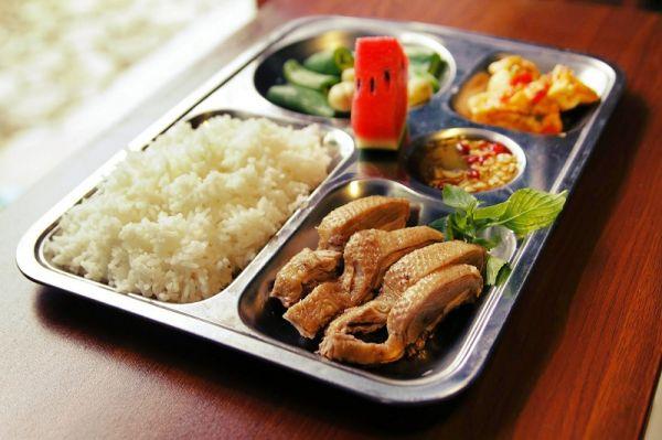 Suất ăn công nghiệp An Quý tại Mê Linh - Mang lại giá trị cuộc sống