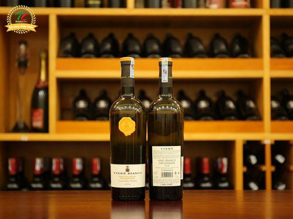 Tập tành uống vang Ý nên chọn chai vang nào có nồng độ nhẹ?