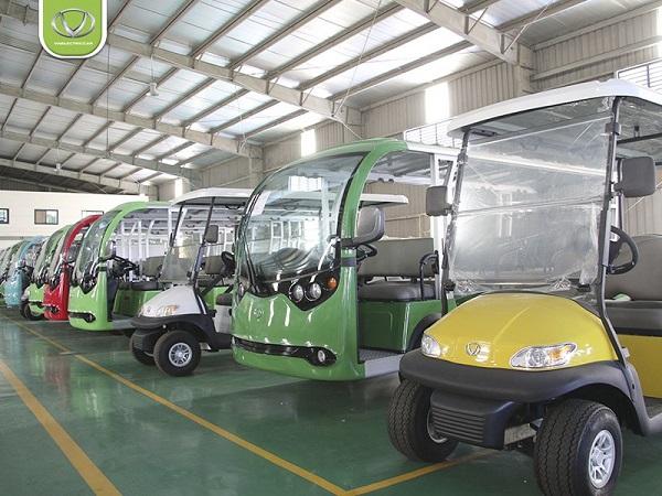 Giá xe điện sân golf